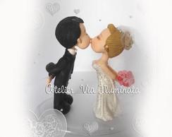 Noivinhos Personalizados se beijando