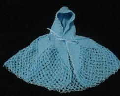 ponch� ou capa  LIEV azul ,em croch�