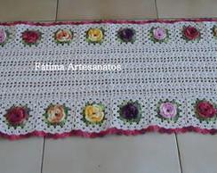 Passadeira com flores em croch� !
