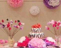 Festa com Flores de papel de seda