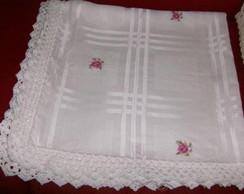 toalha de mesa bordada em ponto cruz