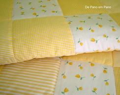 Edredon de Ber�o em Patchwork Amarelo
