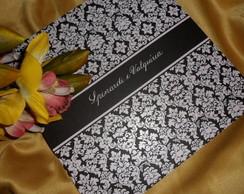 Caligrafia em convites de casamento