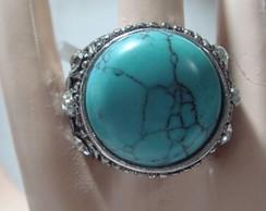 Lindo anel imitando turquesa com strass
