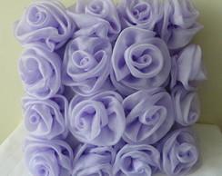 almofadas quadrada com mini rosas