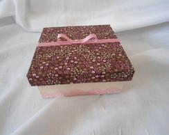 Caixa forrada com tecido marrom e rosa