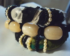 Kit de pulseiras com pingente de cora��o