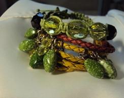 Kit de pulseiras em tom verde