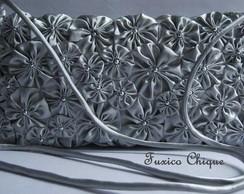 Bolsa/carteira prata com op��es de al�a