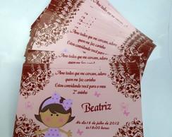 Convite marrom e rosa bonequinha