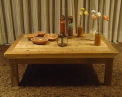 Mesa de centro em madeira de demoli��o