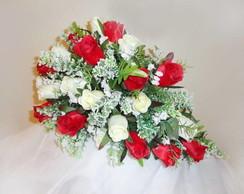 Buqu� de Noiva Tipo Cascata - Rosas