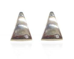 Brinco Triangular em prata 950!*