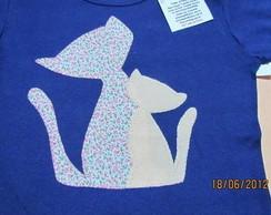 Camiseta em Patchwork Gatas M�e e Filha