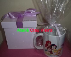 KIT CAIXA + CANECA AS PRINCESAS