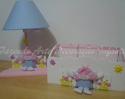 Kit higiene e abajur boneca - 5 pe�as