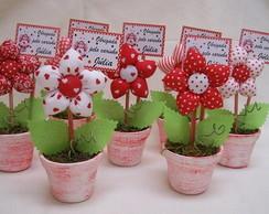 Vasinho Flor de tecido tons de vermelho