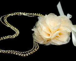 Tiara SWAROVSKI dourado&flor organza