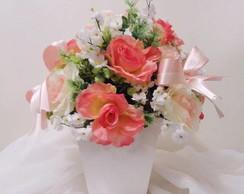 Arranjo de Rosas Salm�o e Brancas