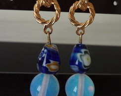 Brinco Ouro, murano azul e pedra da lua