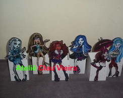 ENFEITE MESA BONECAS MONSTER HIGH
