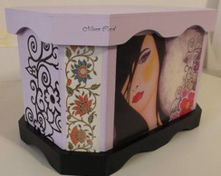 Caixa Mulher Arabescos
