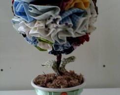 Topiara em tecido com vaso