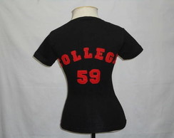 Camiseta - Baby look - College