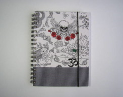 caderno tatoo + borda xadrez preto