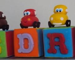 Cubos para bolo _ Carros Disney