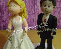 Noivo acorrentado pela noiva