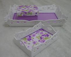 Conjunto bandejas e mini caixa