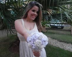 Buqu� com flores de croch�