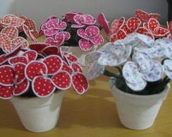 Vasinhos com flor de tecido