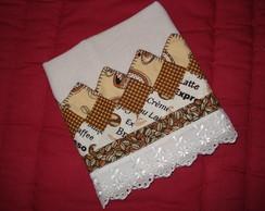 Pano de prato com barrado em patchwork