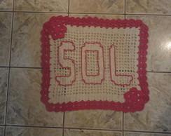 tapete escrito e bordado o nome SOL