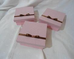 Caixa Quadrada Marrom e Rosa