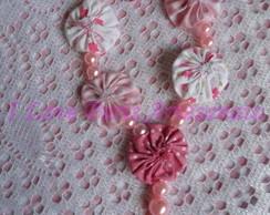 Tercinho fuxico cor de rosa