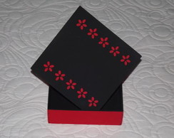 M027 - Caixa MDF - Black and Red