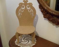 Cadeira Proven�al em mdf pintada