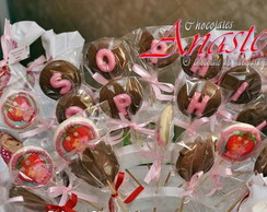 Pirulitos de chocolates com letras