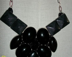 Maxi colar preto - quadrado ( vendido)