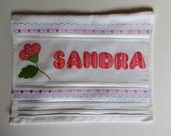 Toalha de lavabo com flor em Patchwork