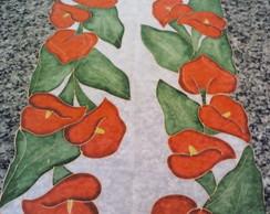 Caminho de mesa Copos de Leite Vermelhos
