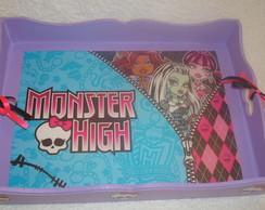 Cestinha Monster High