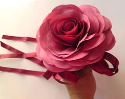 Bouquet em tafet� rosa bord�