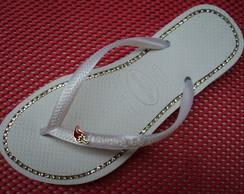 Sand�lias Havaianas Slin customizadas