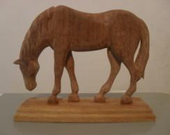Cavalo Pastando (medio)
