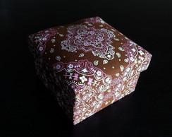 Caixa MDF pintada e forrada com tecido