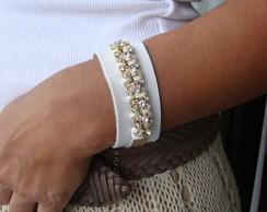 P1817 - Bracelete couro branco strass